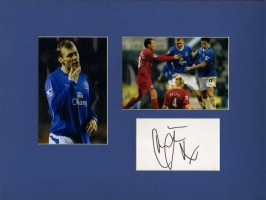 Signed Duncan Ferguson Everton Photo