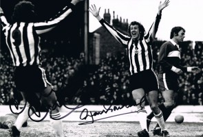 signed-malcolm-macdonald-alan-gowling-newcastle-photo