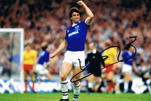 Signed Kevin Ratcliffe Everton Photo