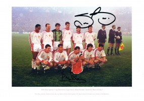 Signed Bryan Robson & Steve Bruce Manchester United photo